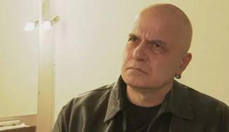 Слави Трифонов: Живея на инжекции, ужасно ме боли!